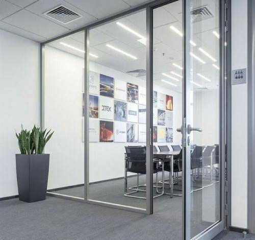 What should we pay attention to when looking at the soundproofed office partition